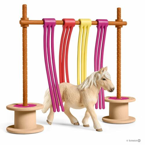 Schleich Farm Life 42484 Pony Curtain Obsticle